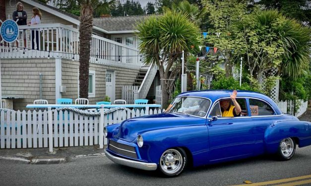 VIDEOS: Watch Discover Burien's Father's Day Car Show Cruise past Three Tree Point